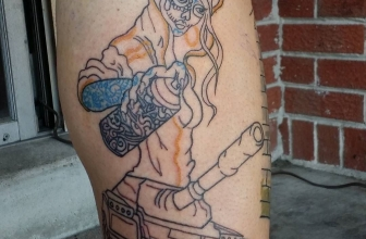Outline this pretty cool graffiti girl tagging a tank on a leg sleeve I'm working on#tattoo#tattooart#graffiti#skull#tank#tanktattoo#graffititattoo#tattooartist#outline#linework#tattooed#ink#hiphop